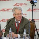 Руководству России нужно выбрать между ресурсной колонией и независимостью