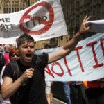 «Трансатлантическим партнерством США загоняют европейцев в рабство»