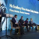 Сергей Аксенов. «Маниловщина» Медведева: Экономика растет, бизнес развивается
