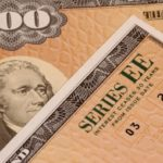 Эксперт рассказал, зачем Россия распродала американские облигации