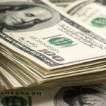 Экономист: Альтернативы доллару в мире пока нет