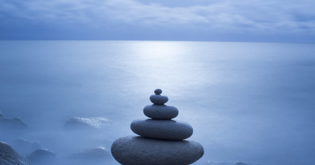 Pebble balancing, Long exposure