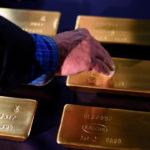 Валентин Катасонов. Игра в поддавки: Силуанов спасает доллар от русского золота