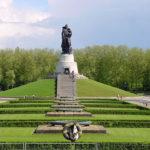 О героях штурма Берлина и рок-фестивале в Трептов-парке