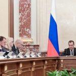 Андрей Полунин. Россия на голодном пайке, пока Кремль скупает валюту