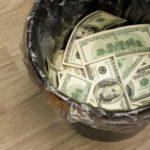 «Нам необходимо срочно избавляться от доллара»