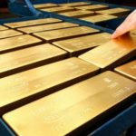 Куда вывозят золото предатели России?